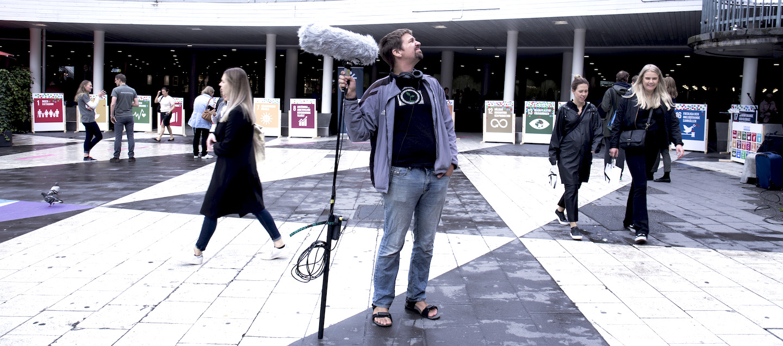 Filminspelning med Levande Video på Sergels torg.